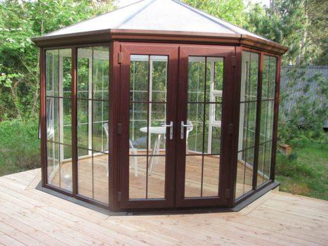 En rund helisolerad paviljong från Victoria systemet hos Classicum Växthus